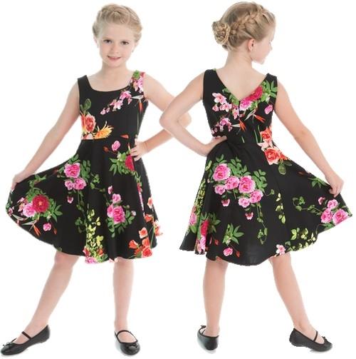 3725eab614a8  Style  Classical vintage swing Dress for Kids Super sød børnekjole i sort  med farverige blomster. Lynlås i ryggen. Materiale  98% Bomuld