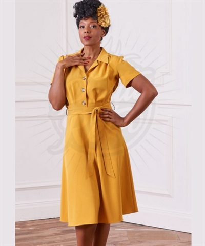 Pretty 40s Shirt Dress in Mustard